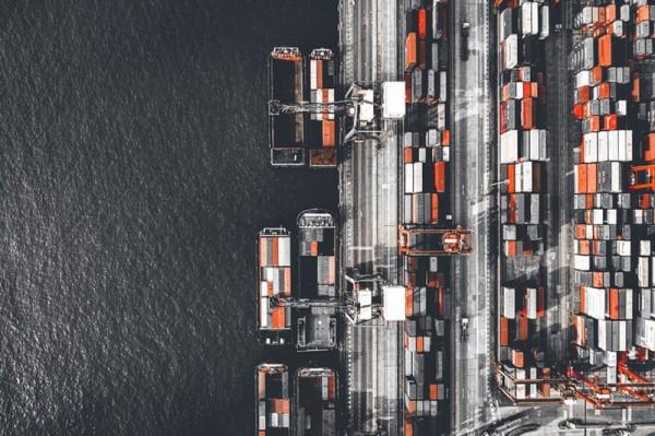 Obiekty portowe oraz stoczniowe